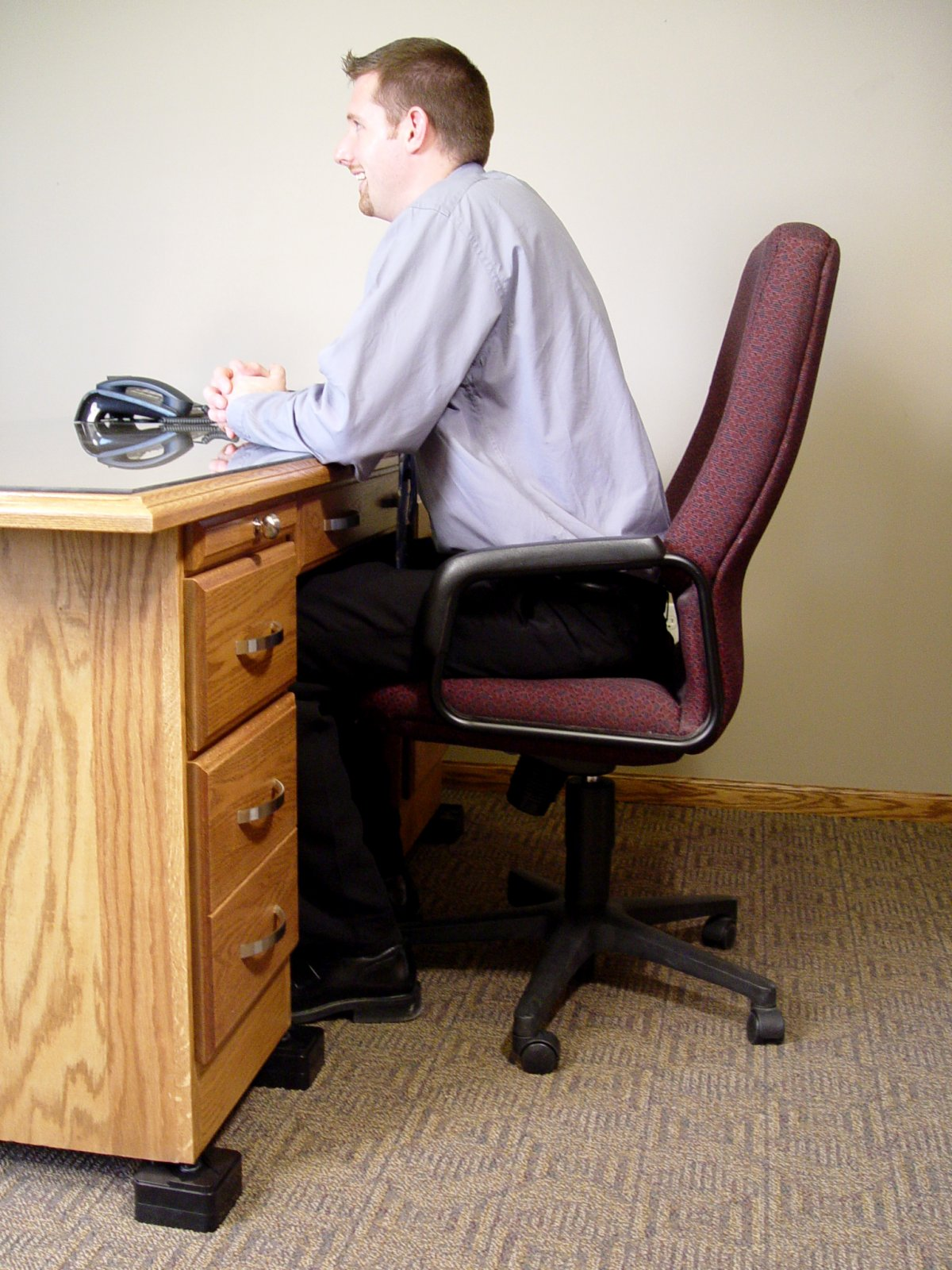 correct seated desk height with riser blocks